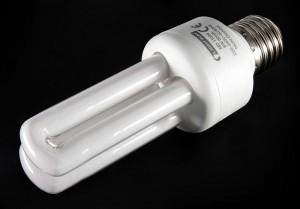 rp_800px-Energiesparlampe_01a.jpg