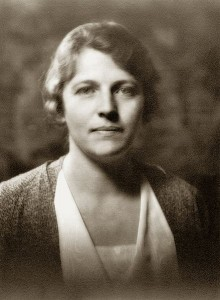 Pearl S. Buck um 1932, fotografiert von Arnold Genthe