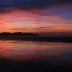 Morgenrot, Sonnenaufgang (Bild: JDmcginley, Pixabay)