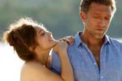 """Szene aus """"Der Vater meiner besten Freundin"""" mit Lola Le Lann und Vincent Cassel © Weltkino Filmverleih"""